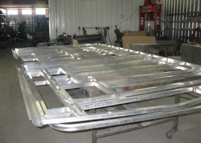 Étape no 4, Construction des murs en aluminium.