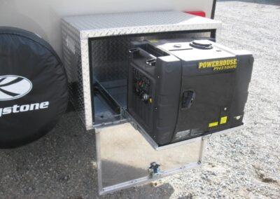 Exhibition du coffre de génératrice avec tiroir