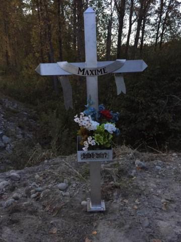 Croix commémorative installée