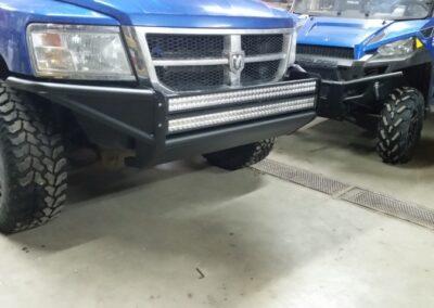 Pare-choc avant de camionnette pour installer des barres LED