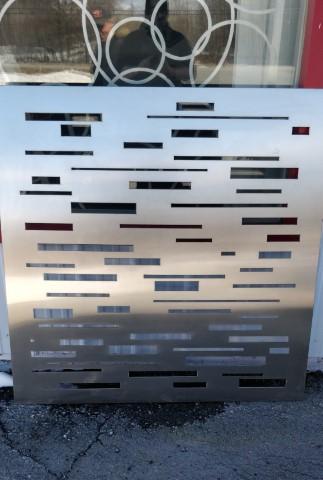 Séparateur d'espace décoratif découpé en aluminium