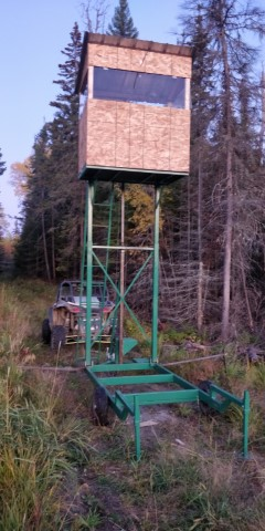Tour de chasse escamotable développé par la Ferblanterie LM Bertrand